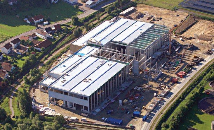 Neubau eines Produktionshallenkomplexes